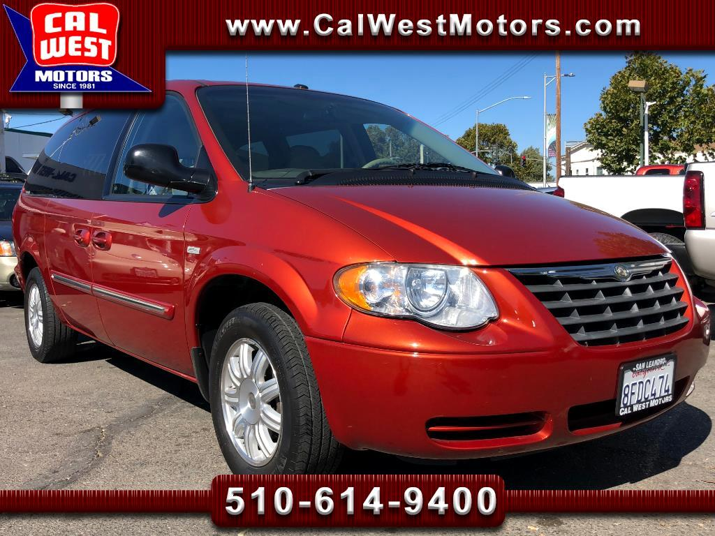 2006 Chrysler Town & Country Signature Touring 7Pasngr 1Owner Only41K NICE!