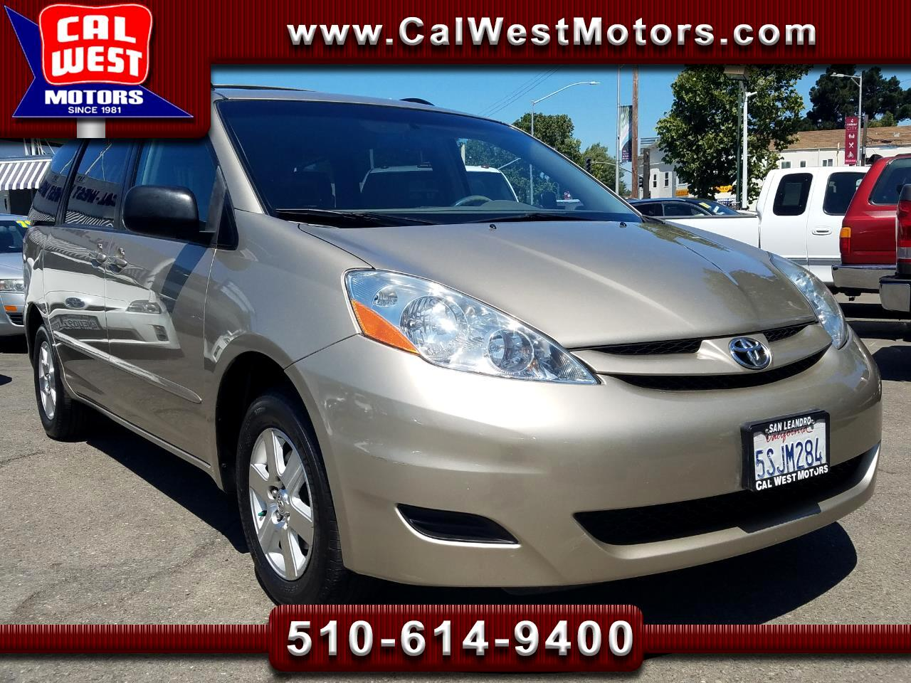 2006 Toyota Sienna LE 8-Passngr DualSliders DVD SuperClean GreatMtnce