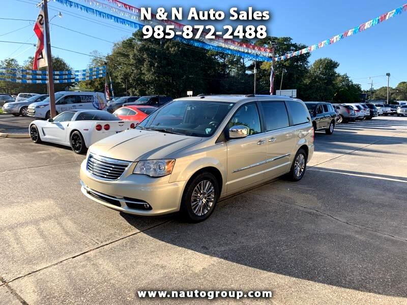 2011 Chrysler Town & Country 4dr 119