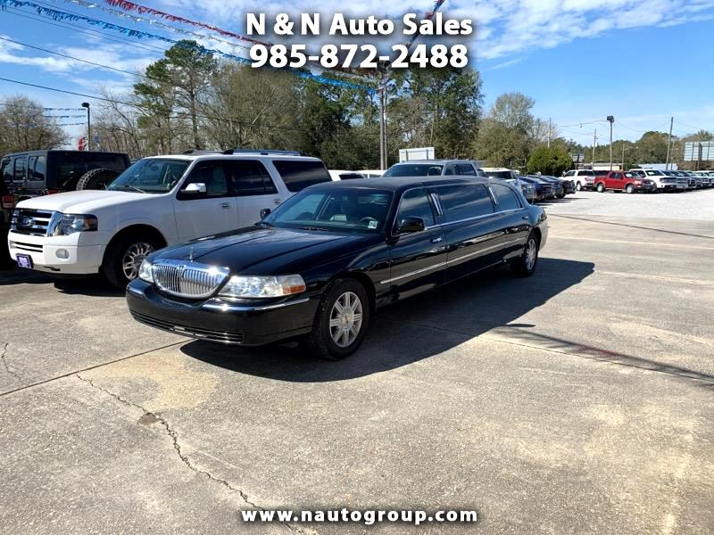 2009 Lincoln Town Car Executive Limo