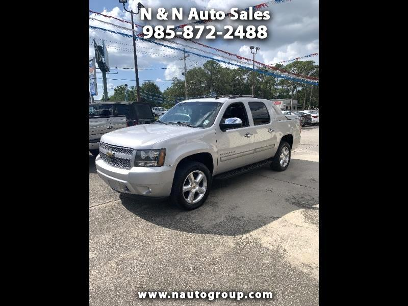 Chevrolet Avalanche LT2 2WD 2011