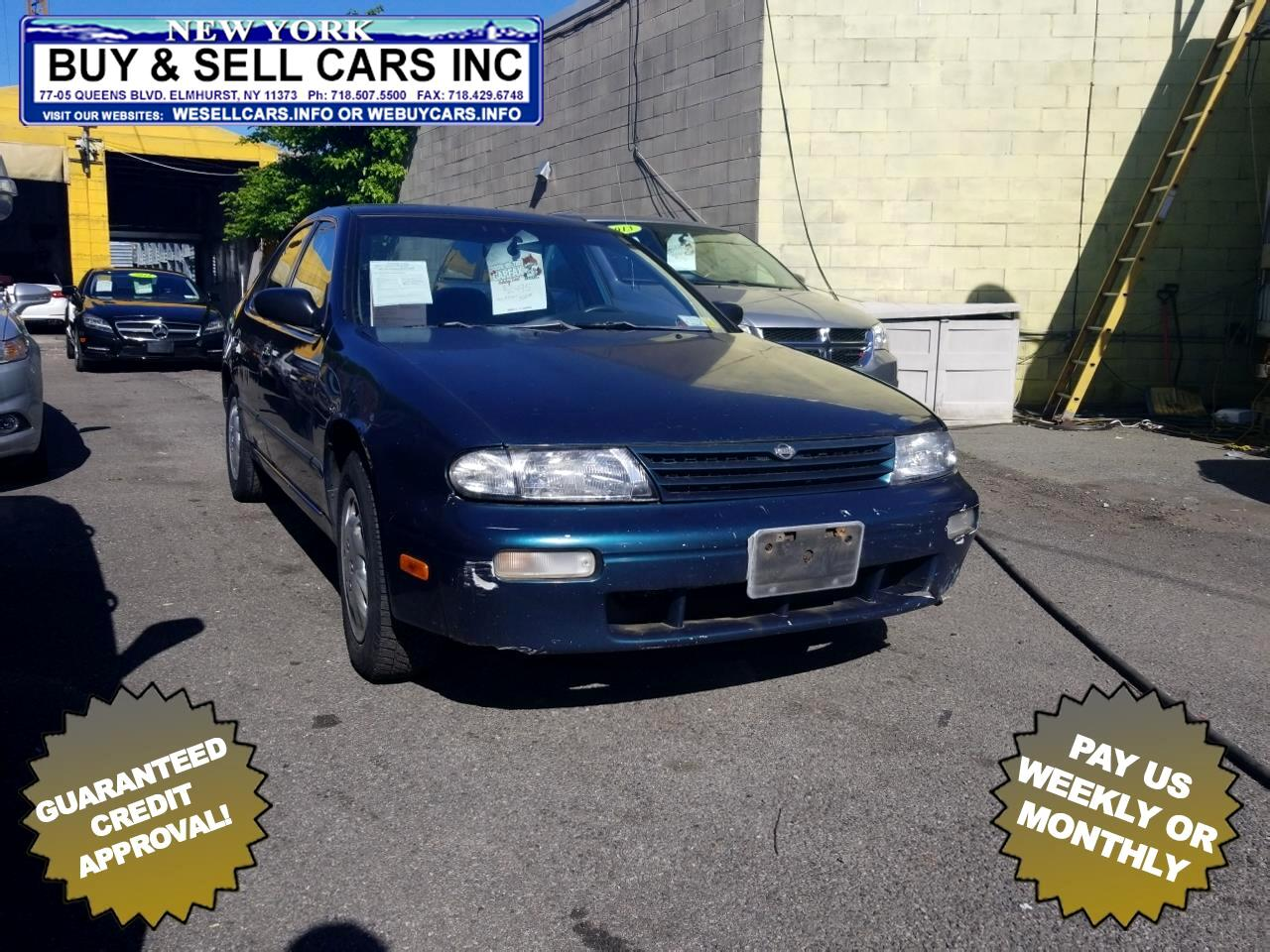 1997 Nissan Altima 4dr Sdn GXE Auto