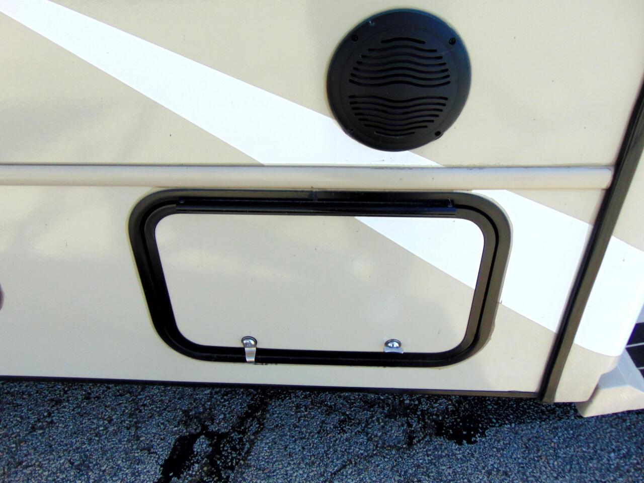 2013 Ford Econoline E450