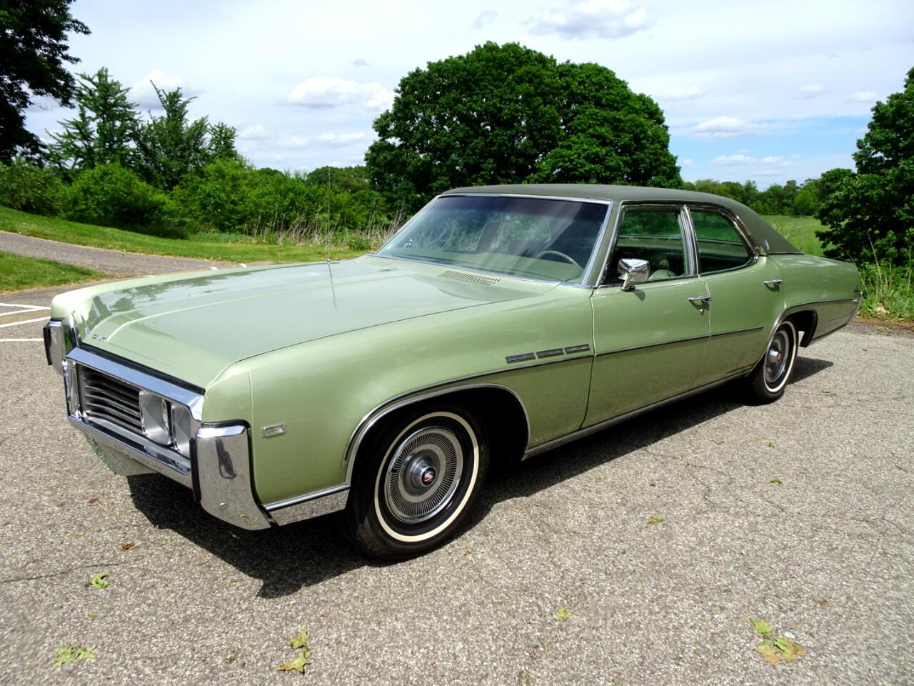 Buick LeSabre 4dr Sdn Custom 1969