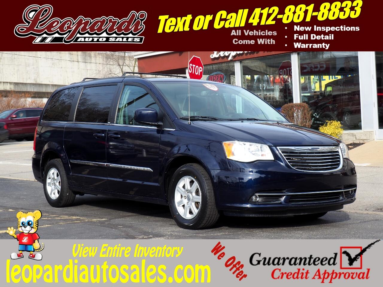 Chrysler Town & Country 4dr Wgn Touring 2013