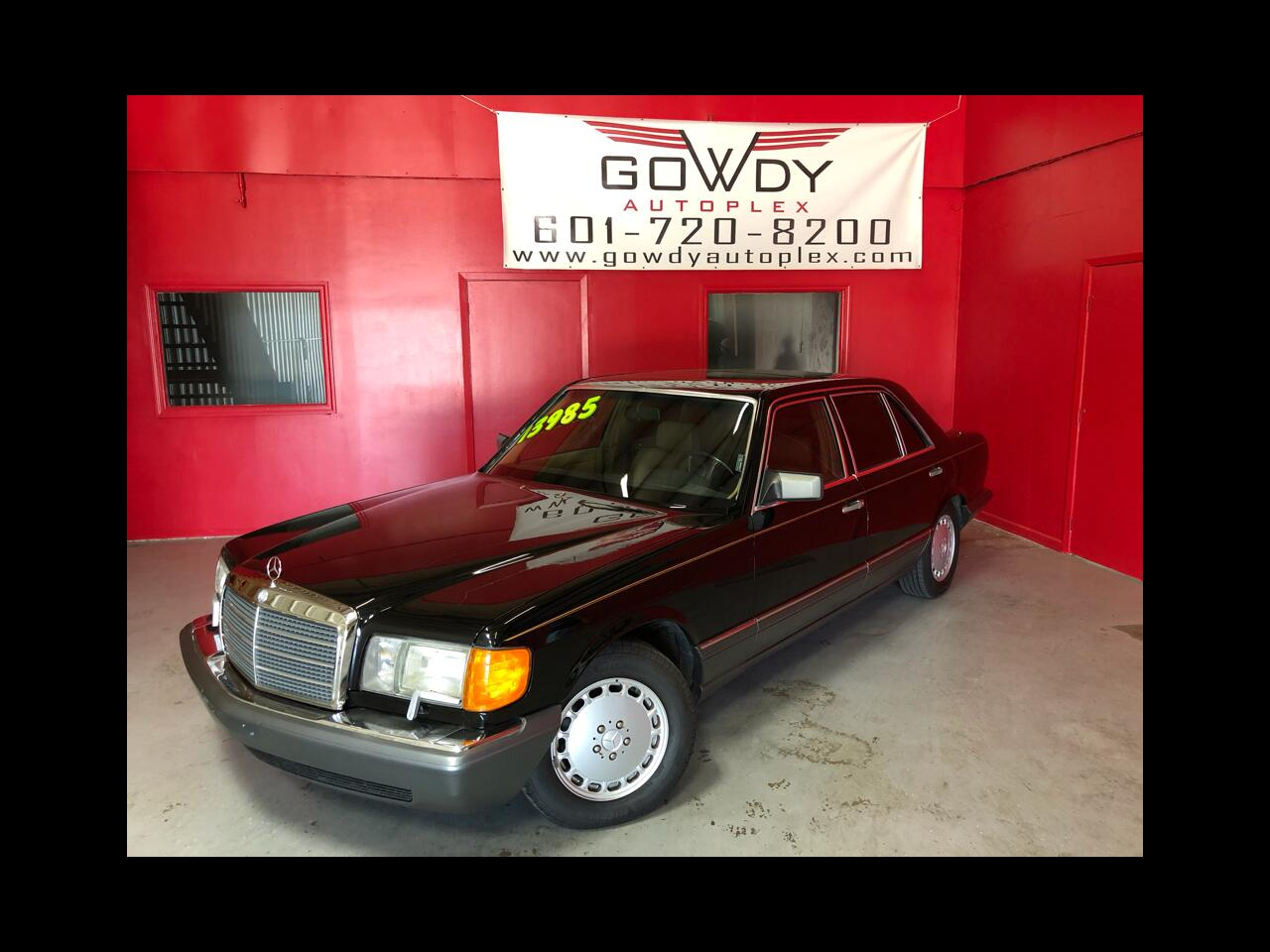 1991 Mercedes-Benz 560 Series 4dr Sedan 560SEL