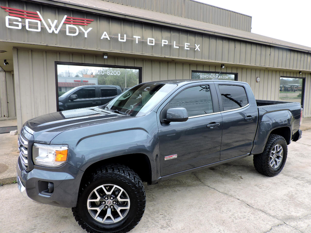 """GMC Canyon 4WD Crew Cab 128.3"""" All Terrain w/Leather 2016"""