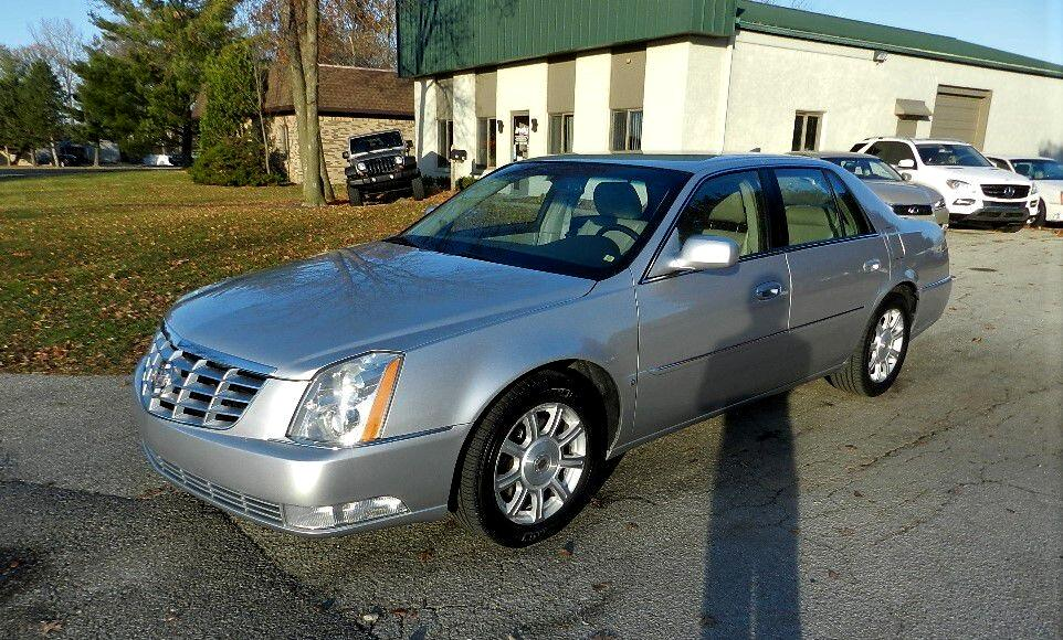 Cadillac DTS V8 2010