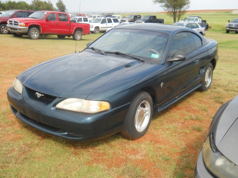 1997 Ford Mustang Coupe