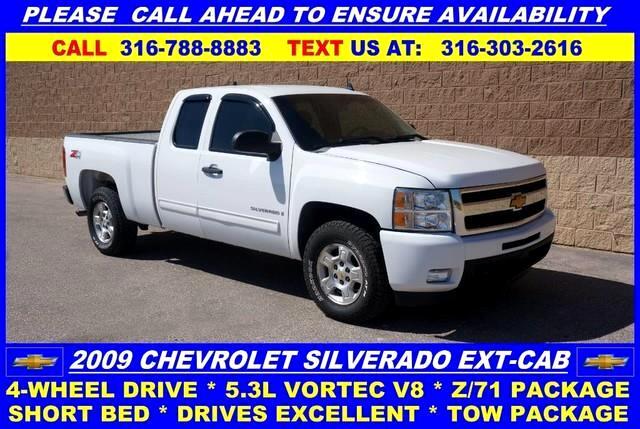 "2009 Chevrolet Silverado 1500 4WD Ext Cab 134.0"" LT w/1LT"