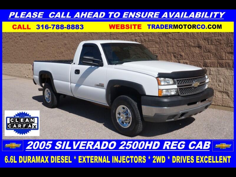 Chevrolet Silverado 2500HD Work Truck Long Bed 2WD 2005