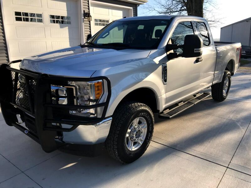 Ford F-250 SD XLT SuperCab 4WD 2017