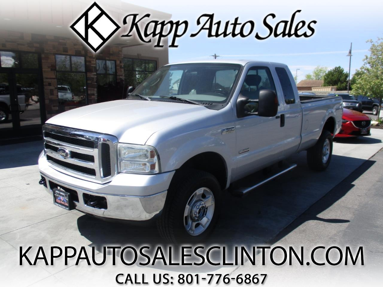 "2005 Ford Super Duty F-350 SRW Supercab 158"" XLT 4WD"