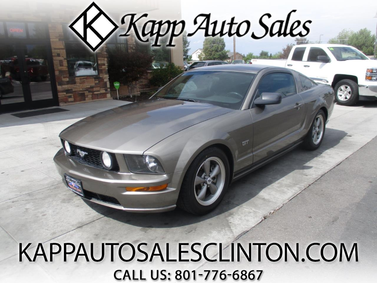 2005 Ford Mustang 2dr Cpe GT Deluxe