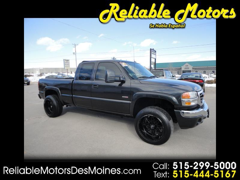 2005 GMC Sierra 2500HD SLT Ext. Cab Short Bed 2WD