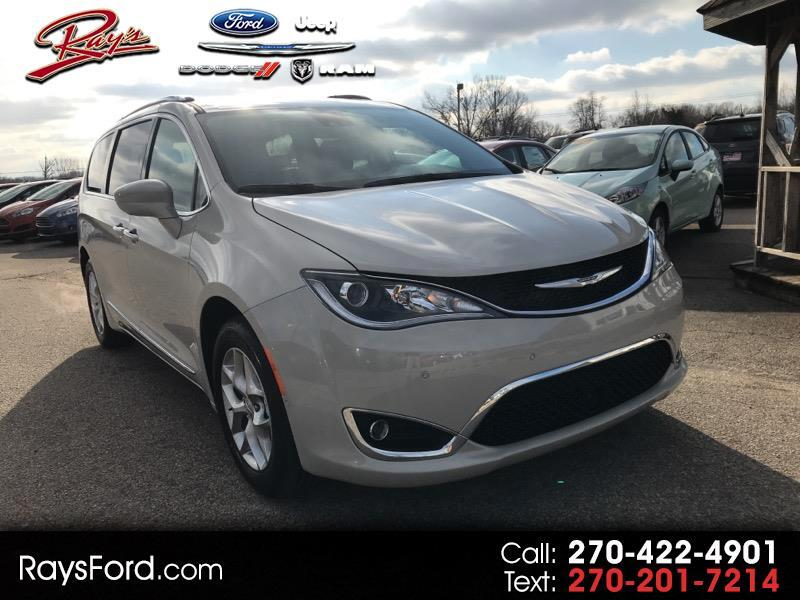 2019 Chrysler Pacifica Touring L Plus FWD