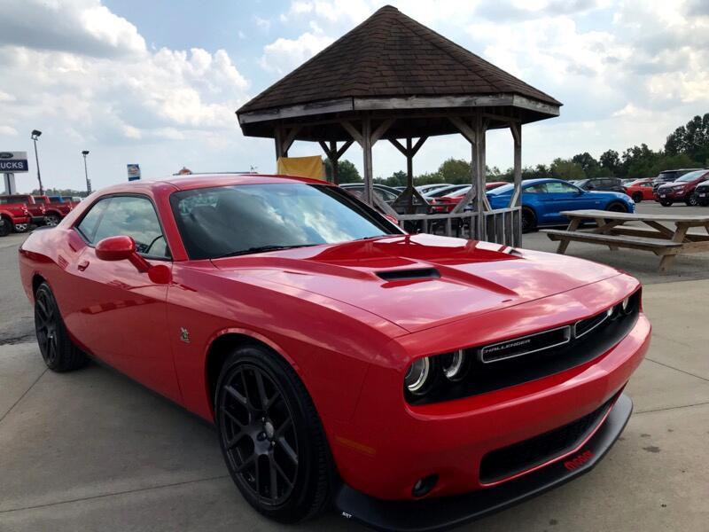 Dodge Challenger 2dr Cpe R/T Scat Pack 2016