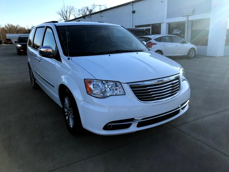 Chrysler Town & Country 4dr Wgn Touring-L 2016