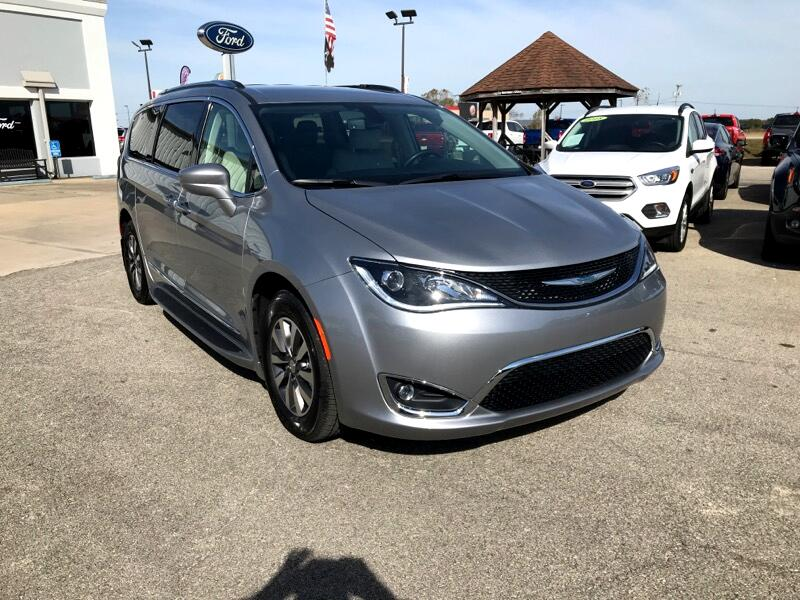 Chrysler Pacifica Hybrid Touring L FWD 2020