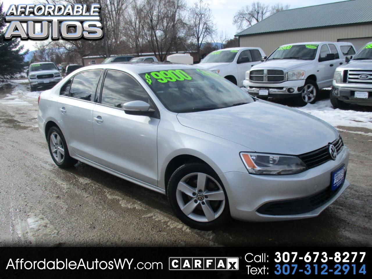 2012 Volkswagen Jetta Sedan 4dr Manual TDI w/Premium