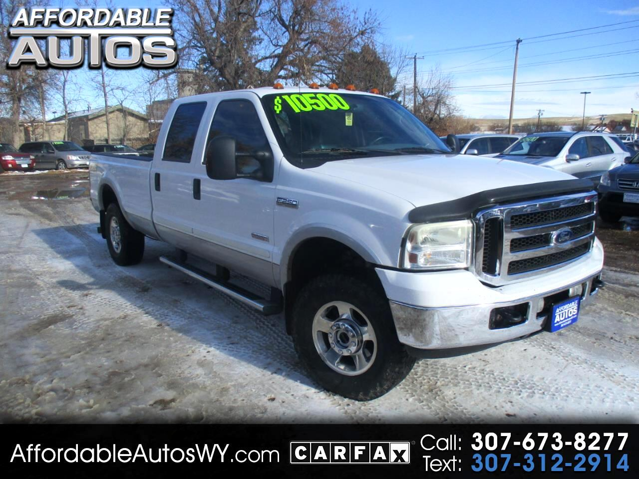"Ford Super Duty F-250 Crew Cab 172"" Lariat 2005"