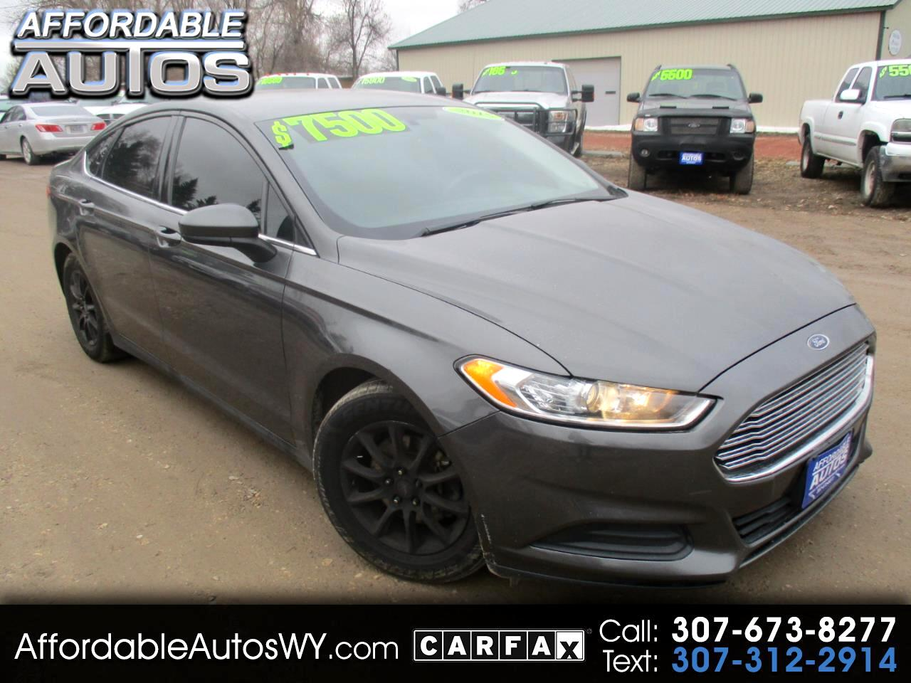 Ford Fusion 4dr Sdn S FWD 2015