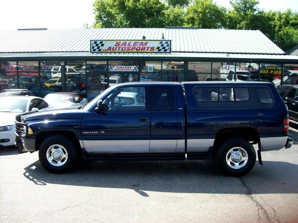 2000 Dodge Ram 2500 4dr Quad Cab 139