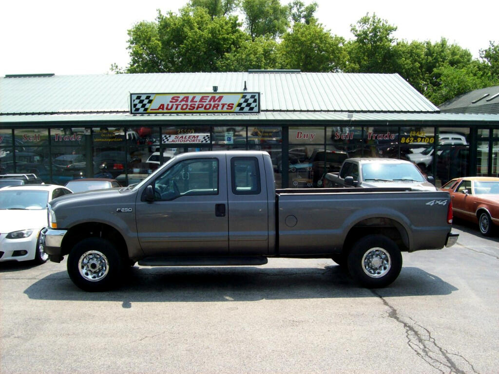 "2003 Ford Super Duty F-250 Supercab 142"" XLT 4WD"