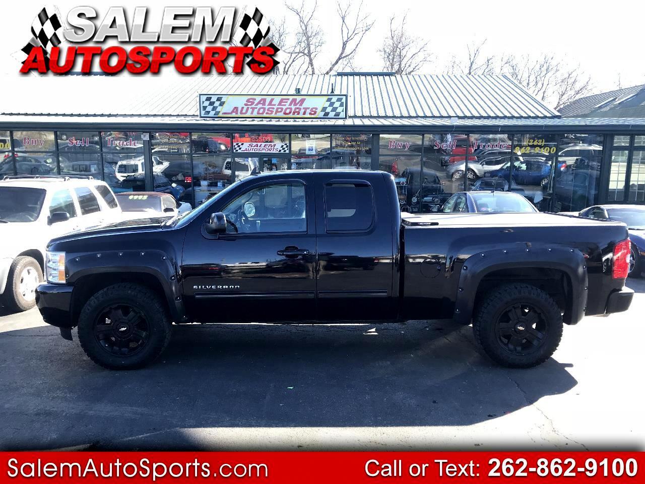 """2009 Chevrolet Silverado 1500 4WD Ext Cab 143.5"""" LT"""