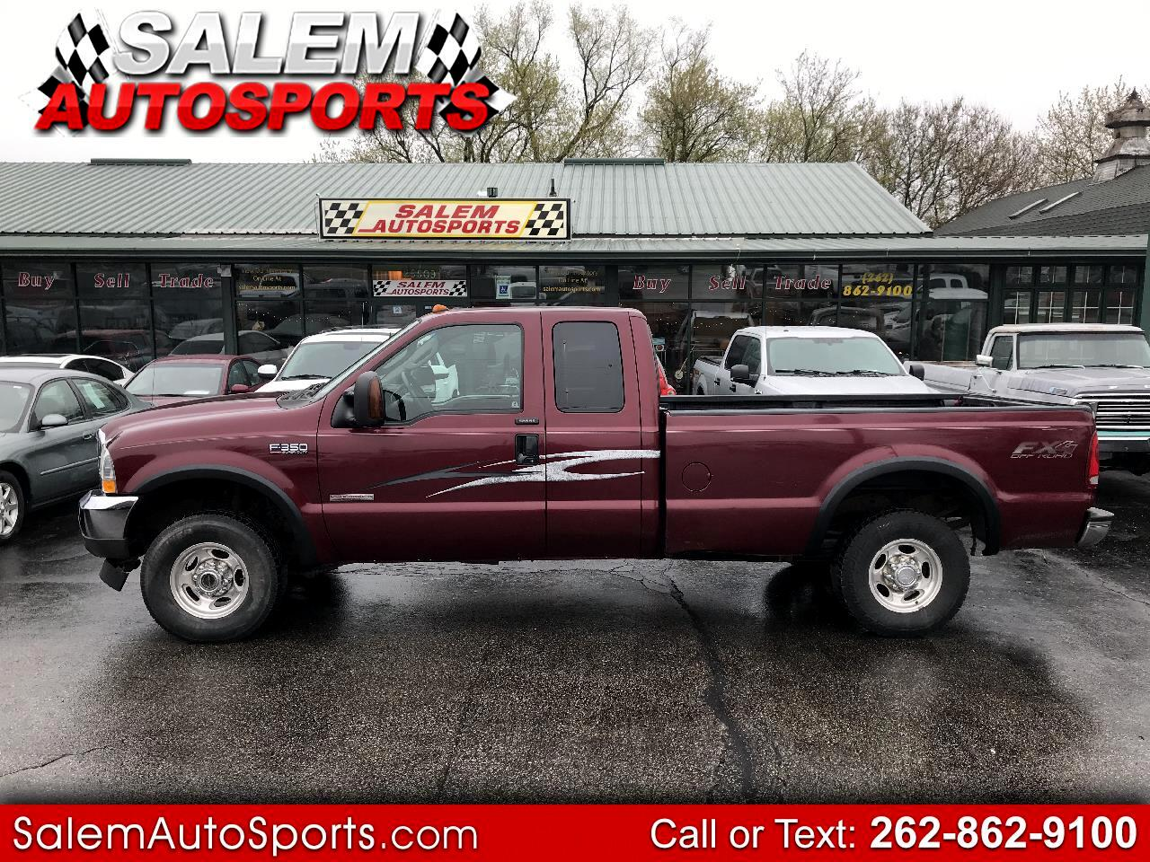 "2004 Ford Super Duty F-350 SRW Supercab 142"" Lariat 4WD"