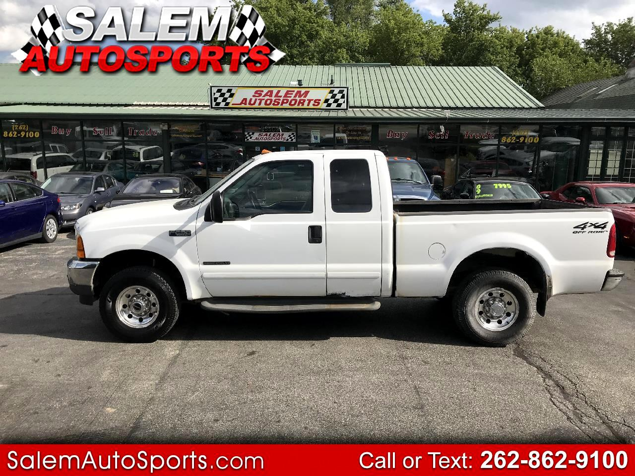 "2001 Ford Super Duty F-250 Supercab 142"" Lariat 4WD"