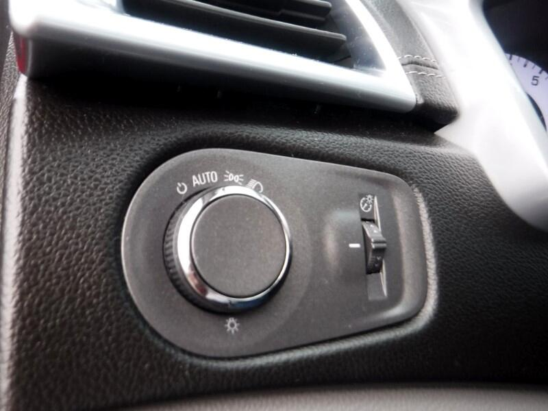 Cadillac SRX FWD 4dr Base 2012
