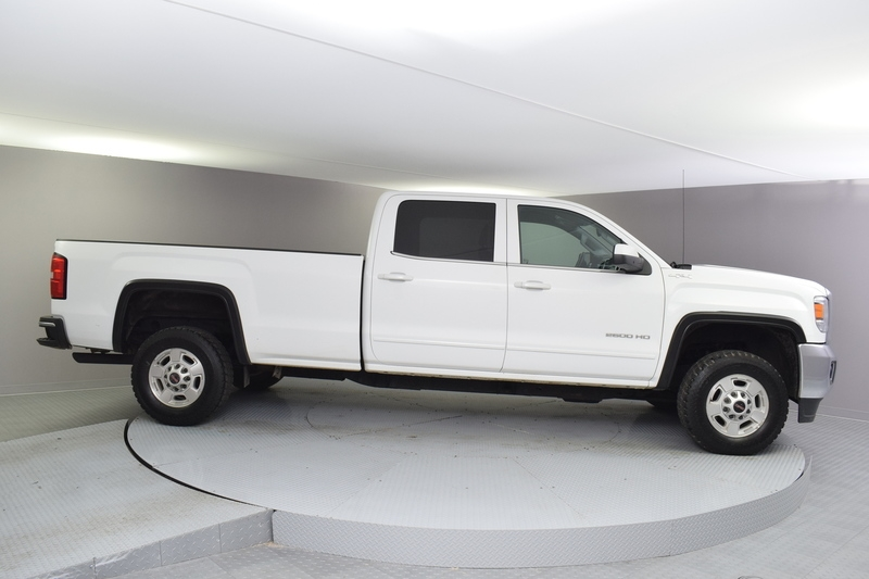 GMC Sierra 2500HD SLE Crew Cab Long Box 4WD 2015