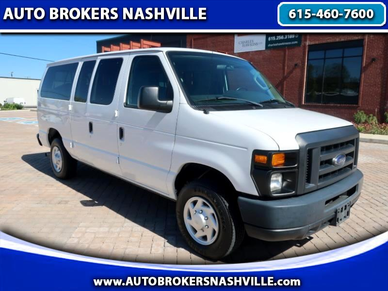 Ford Econoline E-350 XL Super Duty 2013