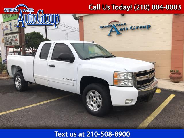 2008 Chevrolet Silverado 1500 LT1 Ext. Cab Short Box 2WD