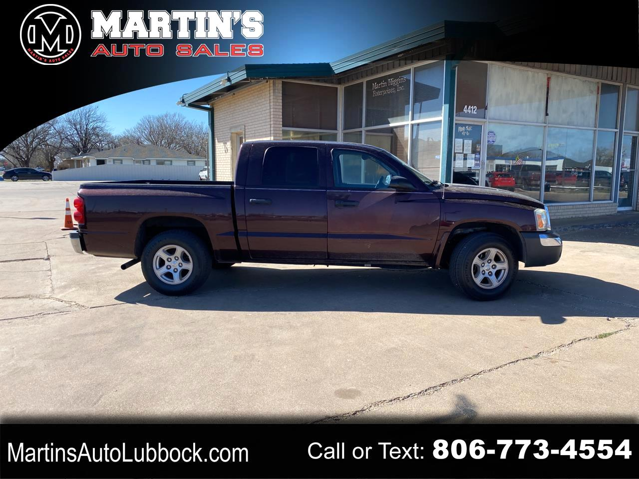 "Dodge Dakota 4dr Quad Cab 131"" WB SLT 2005"