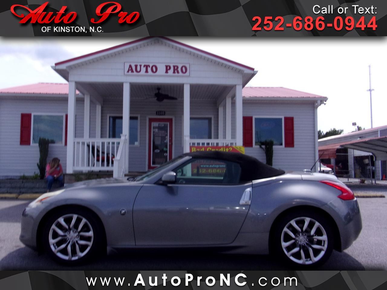 Nissan 370Z 2dr Roadster Auto Touring 2011