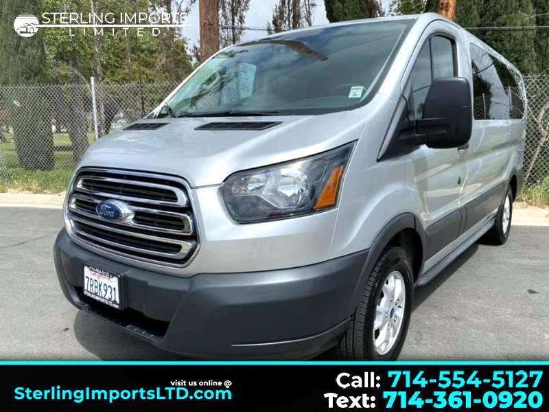 Ford Transit 150 Wagon Low Roof XLT w/Sliding Pass. 130-in. WB 2015