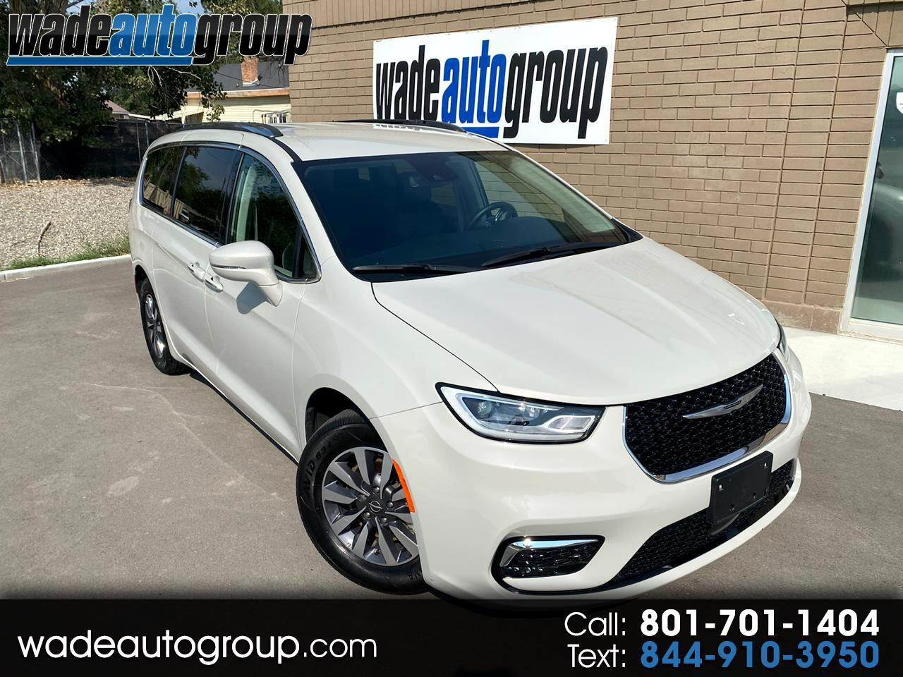 Chrysler Pacifica Touring L FWD 2021
