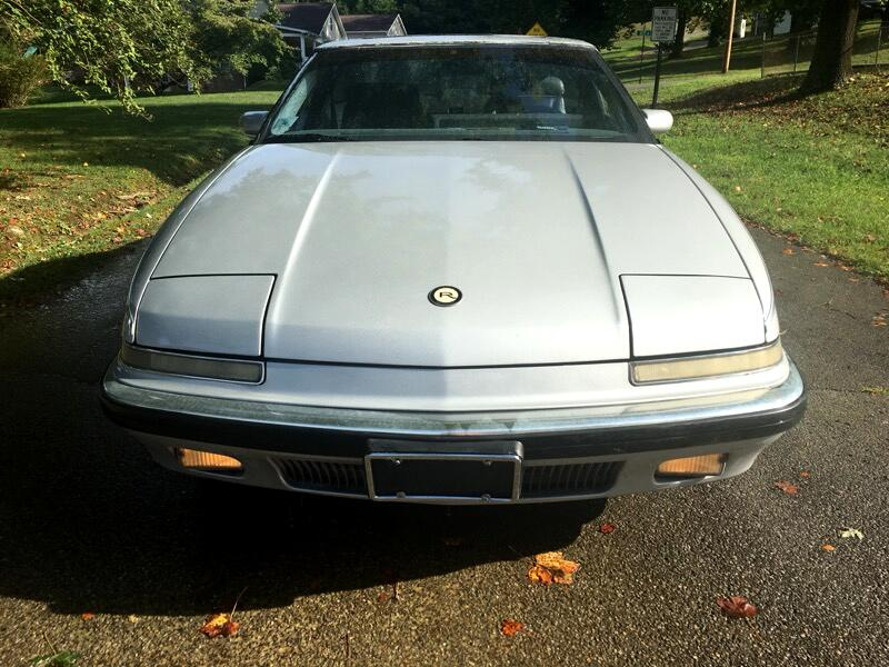 Buick Reatta Coupe 1989