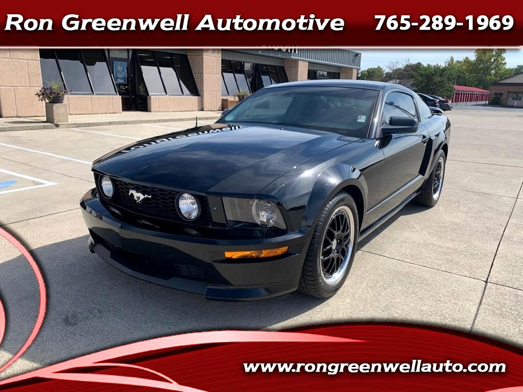Ford Mustang 2dr Cpe GT 2009