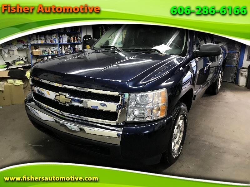 "Chevrolet Silverado 1500 4WD Ext Cab 143.5"" LT w/1LT 2008"