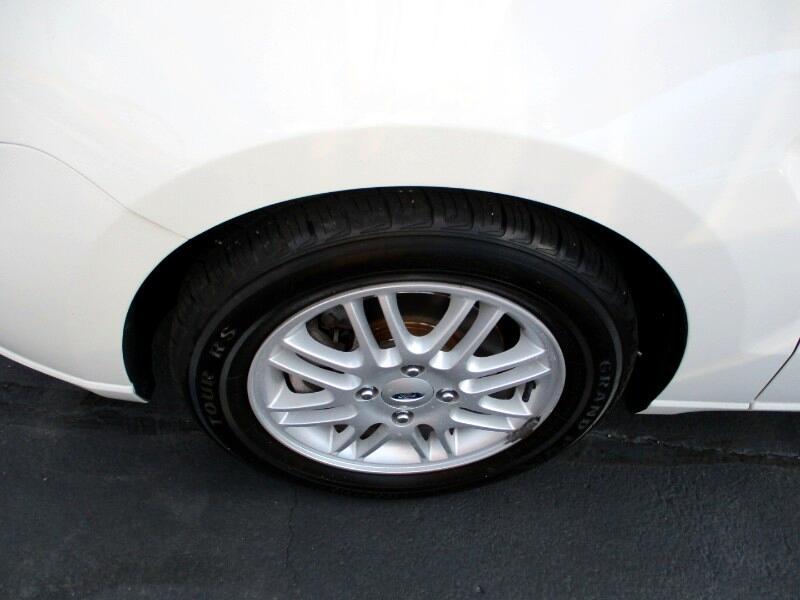 2009 Ford Focus SE Sedan