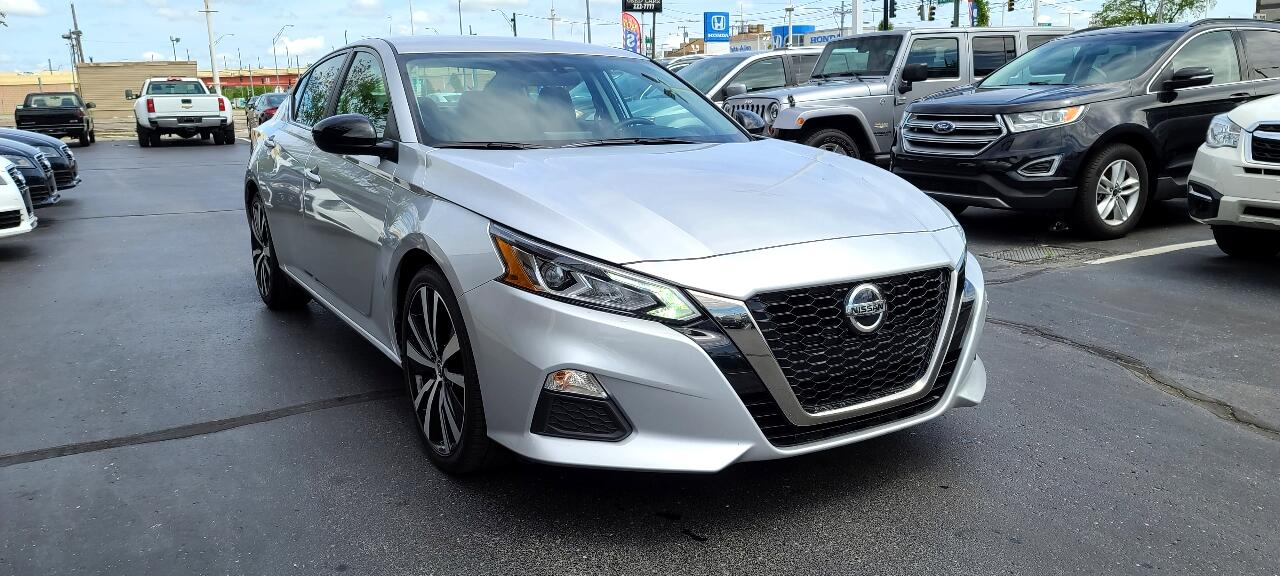 Nissan Altima 2.5 SR Sedan 2019
