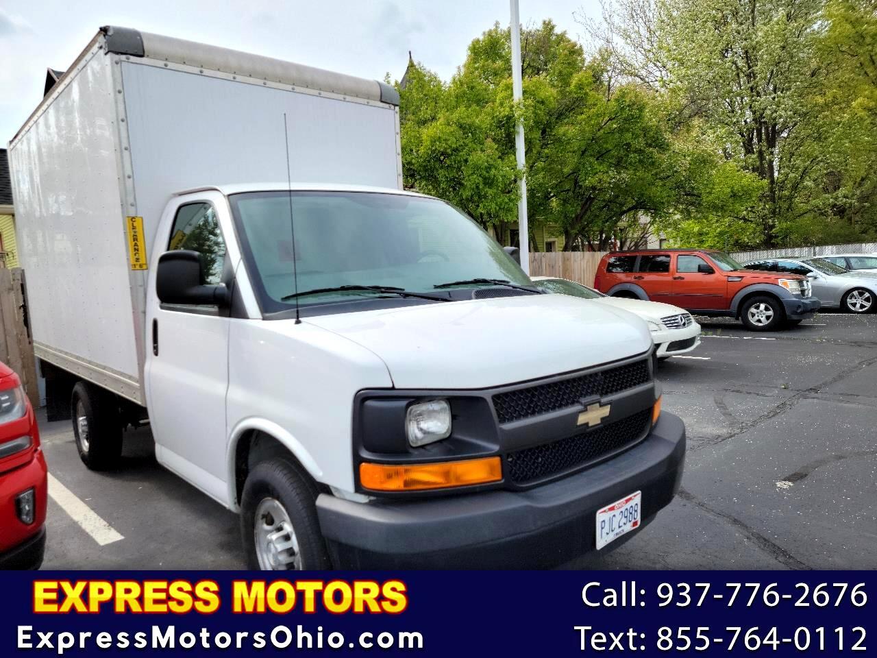 """Chevrolet Express Commercial Cutaway 3500 Van 139"""" 2016"""