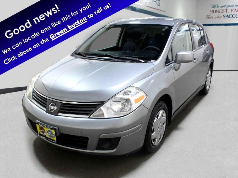 Nissan Versa 1.8 S Hatchback 2009