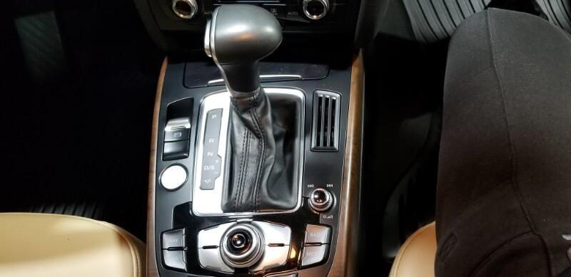 2016 Audi A4 2.0T Premium Plus quattro Sedan AWD 8A