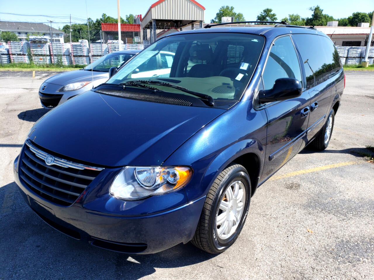 2005 Chrysler Town & Country 4dr LWB Touring FWD