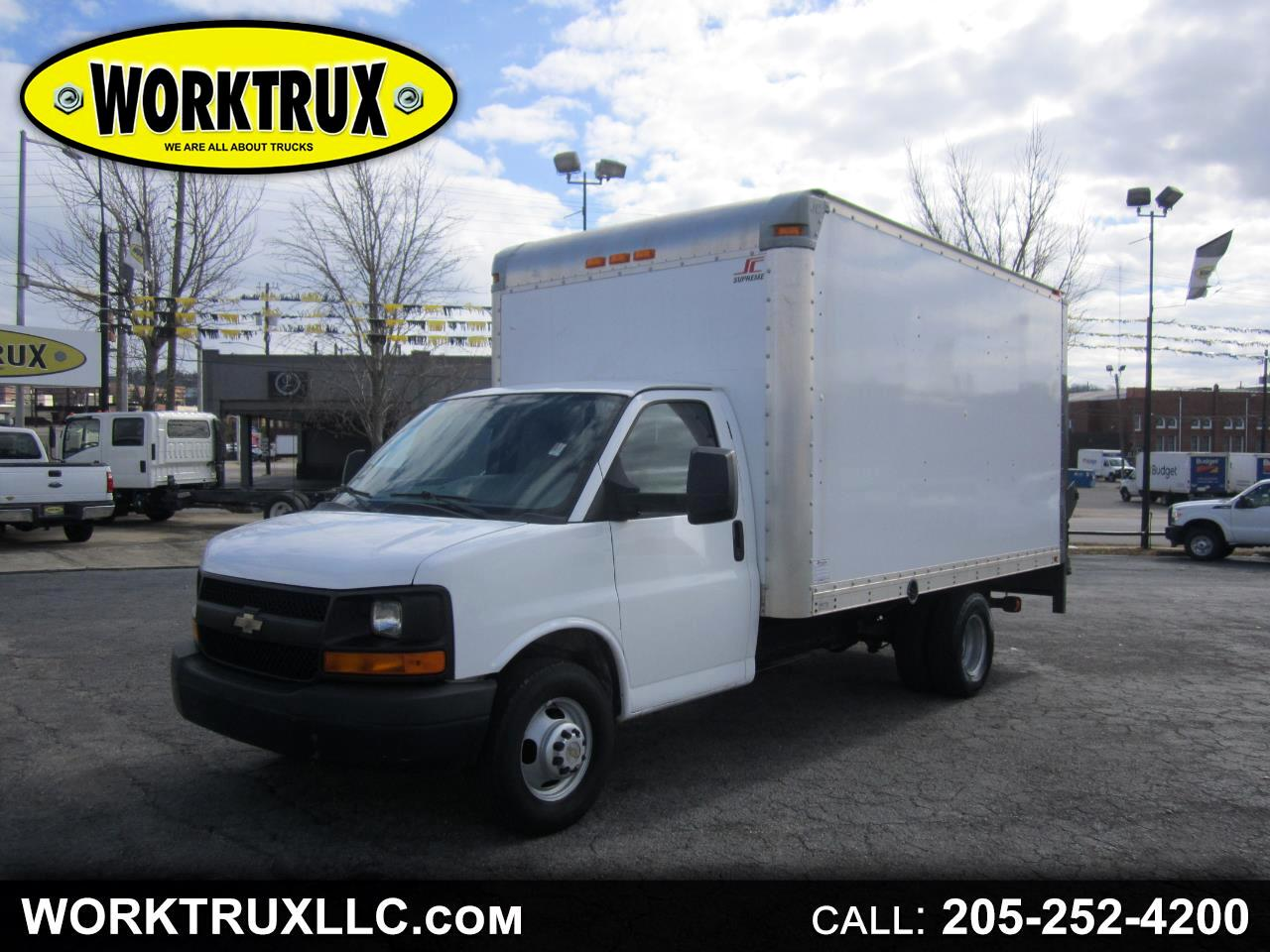 2011 Chevrolet Express Commercial Cutaway RWD 3500 159
