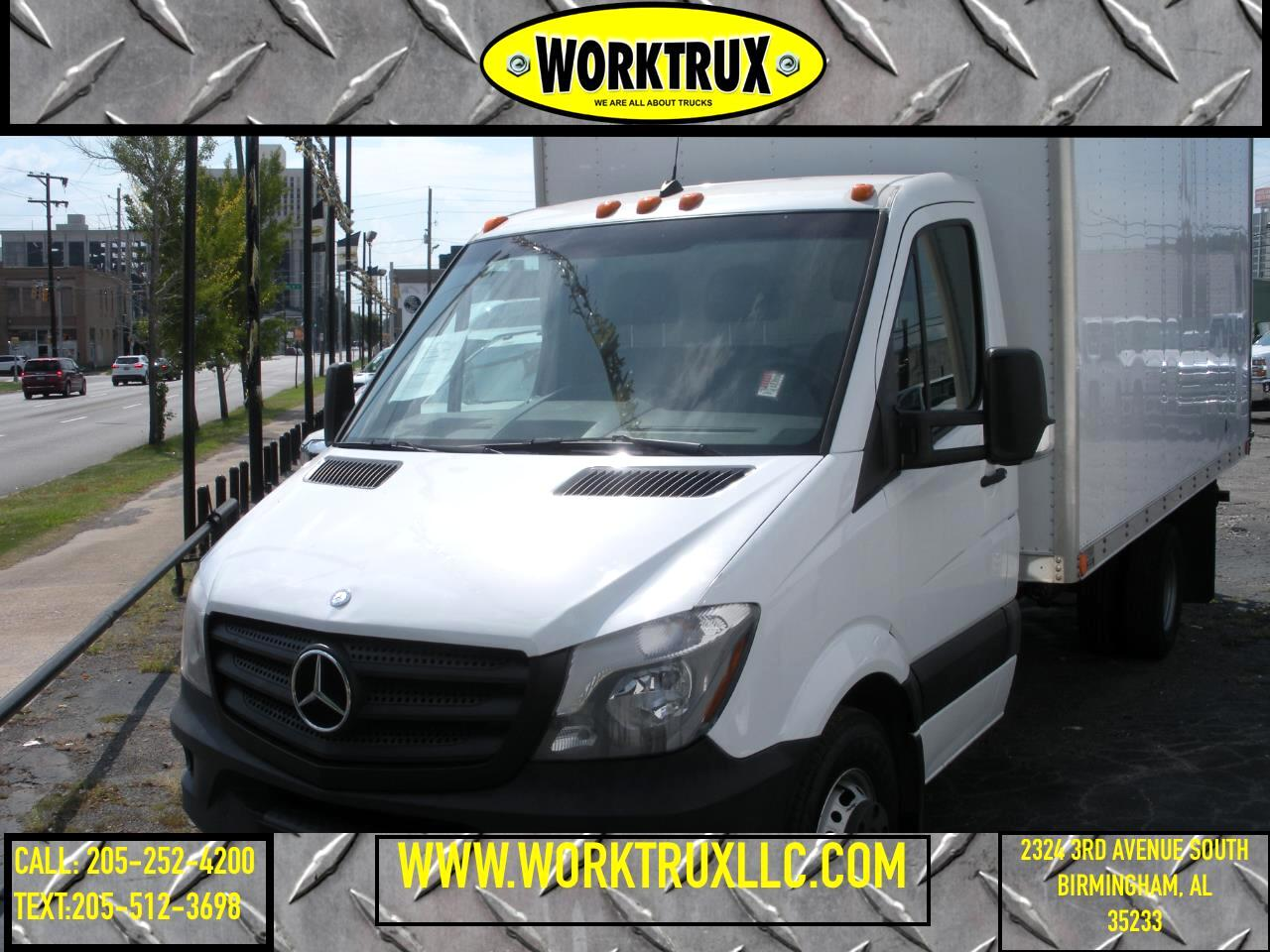 """Mercedes-Benz Sprinter Chassis-Cabs 2WD Reg Cab 170"""" WB 2014"""